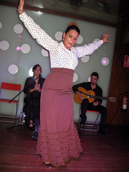 костюм фламенко