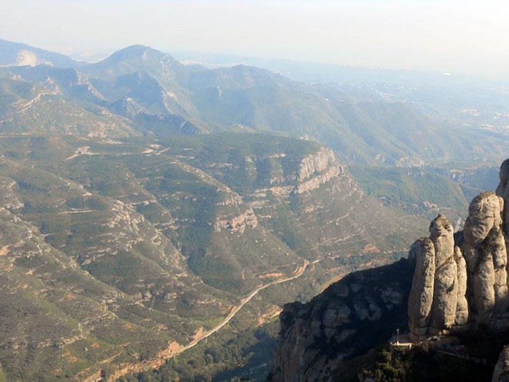 Гора Монстеррат Испания